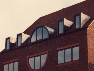 <p>Square and round head dormers</p>